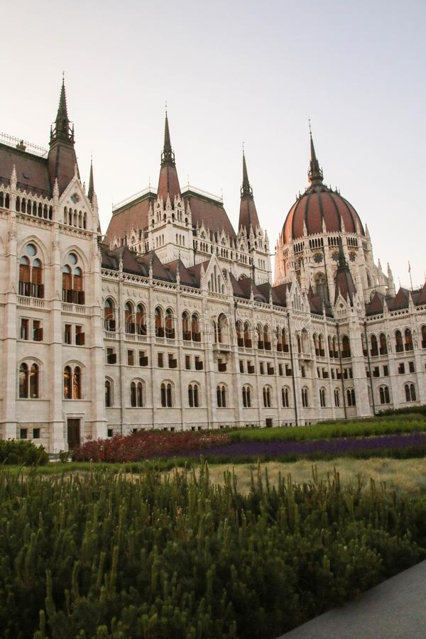Arquitetura da construção húngara do parlamento em budapest, abóbada fotos de stock royalty free