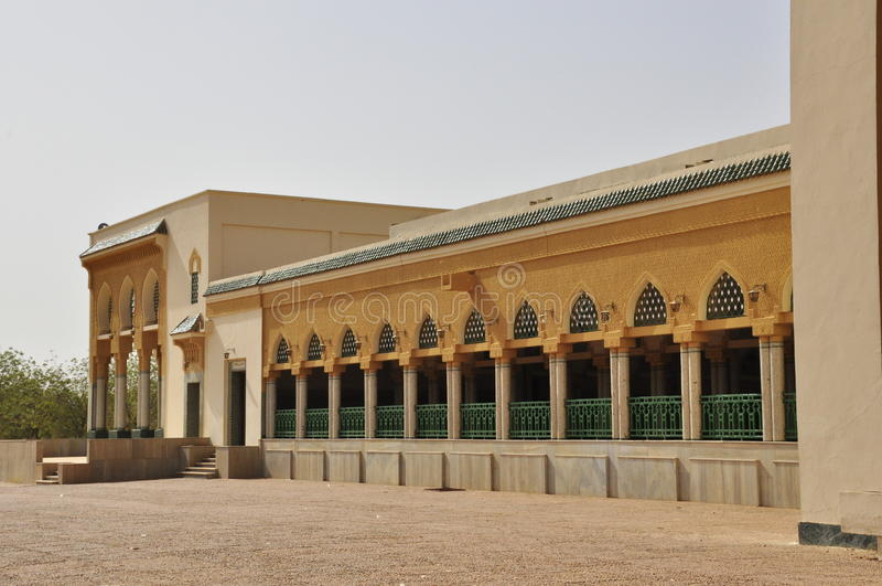 arquitetura da mesquita grande de Niamey imagens de stock