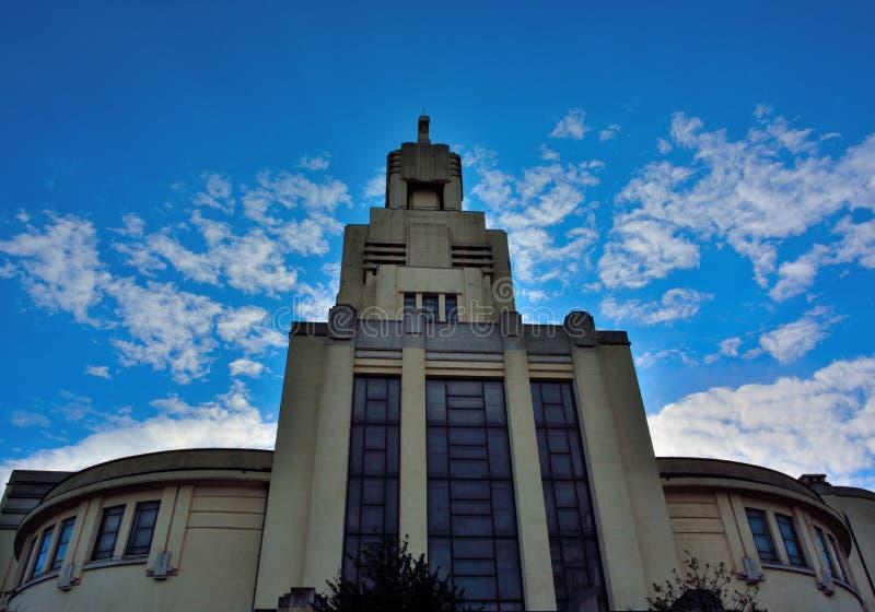 Arquitetura de Art Deco em Bruxelas, igreja moderna imagem de stock royalty free