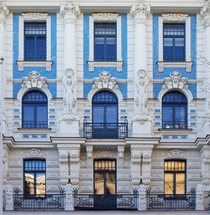 Arquitetura de Art Nouveau em Riga, Letónia foto de stock royalty free