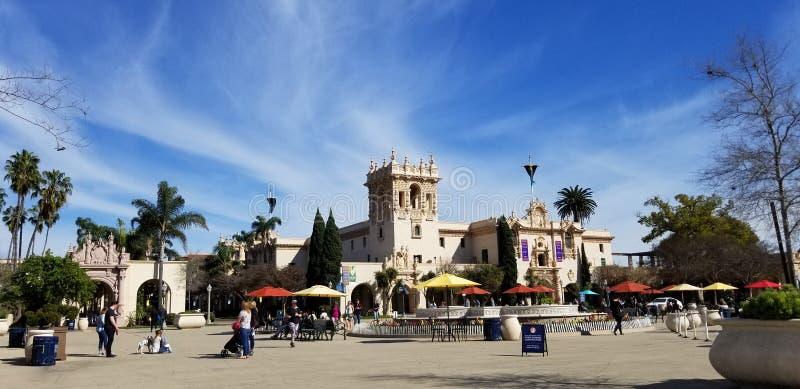 Arquitetura de Casa del Prado Histórico no parque San Diego California do balboa imagem de stock