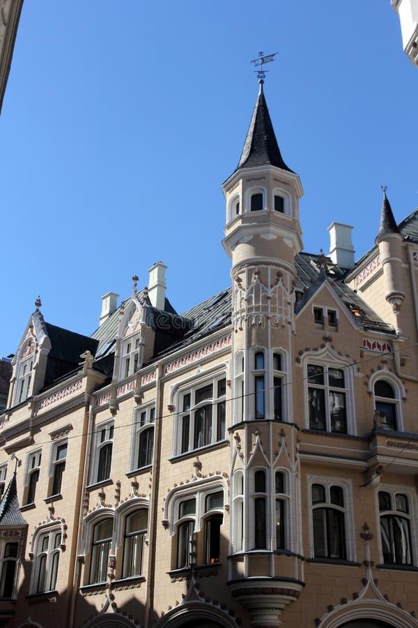 Arquitetura de Riga, Letónia imagens de stock