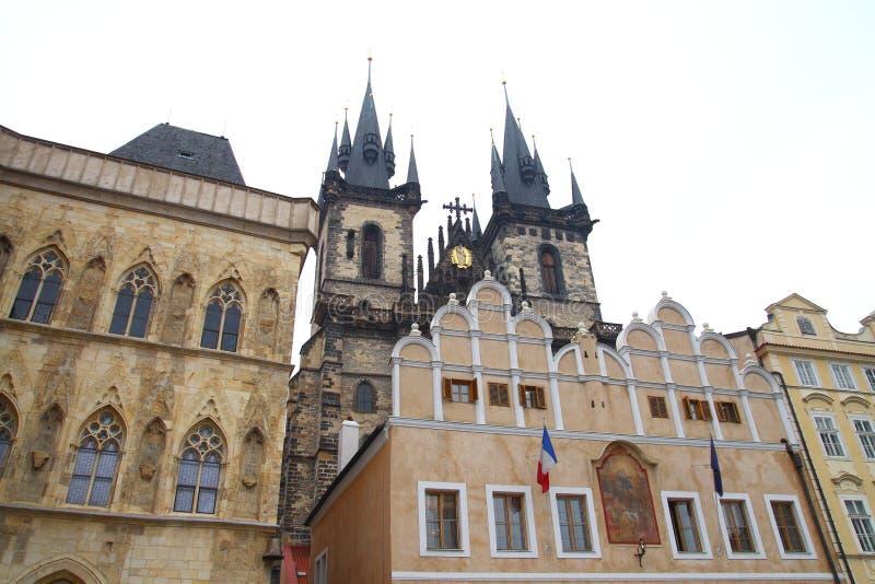 Download Arquitetura de Praga velha imagem de stock. Imagem de salão - 29825277