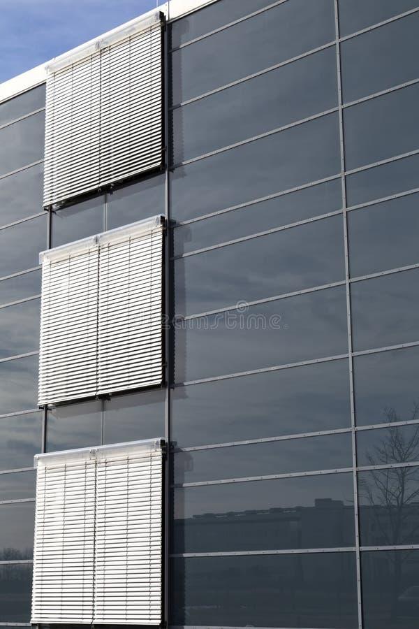 Arquitetura de vidro moderna fotografia de stock royalty free