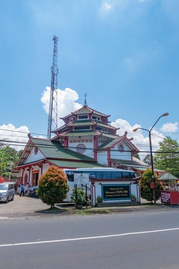 Arquitetura do hoo grande de cheng da mesquita em Purbalingga, Indon?sia fotos de stock