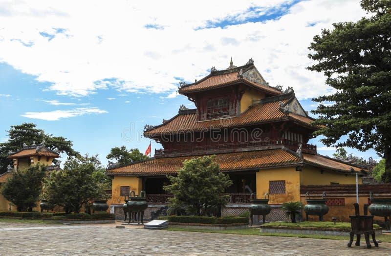 Arquitetura do templo a citadela antiga da matiz, Vietname fotos de stock