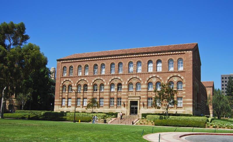 Arquitetura em uma universidade imagem de stock royalty free