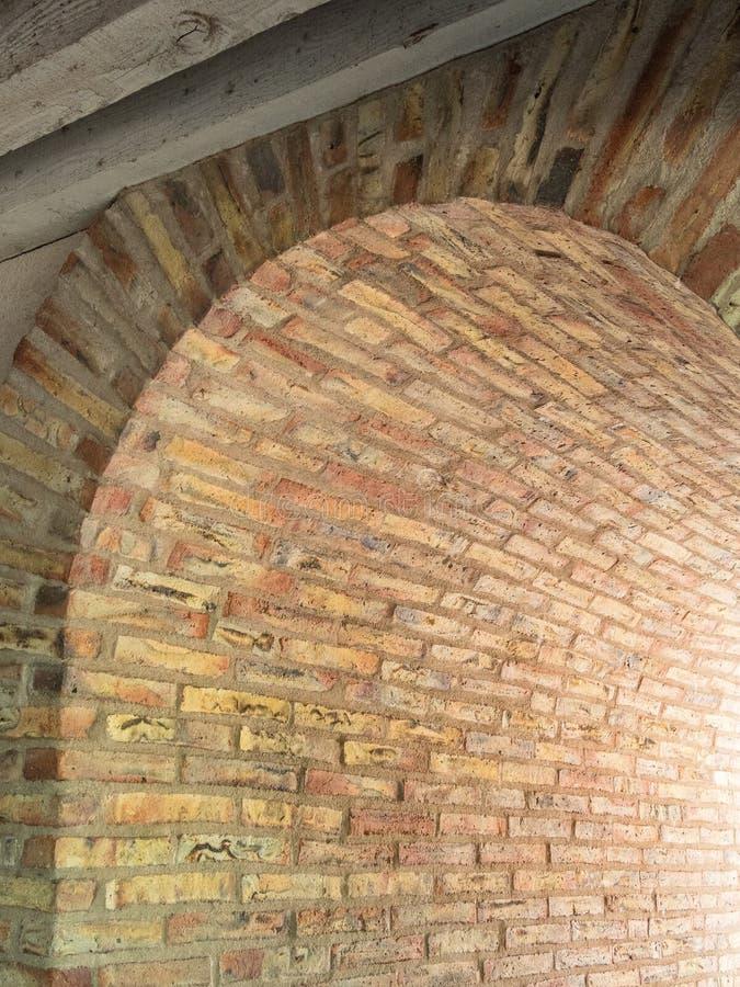 Arquitetura espanhola, corredor arqueado foto de stock