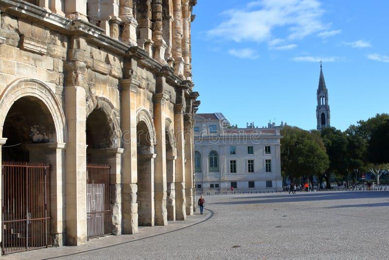 Arquitetura esquisito, medieval e clássica perto de cada um sobre imagem de stock royalty free