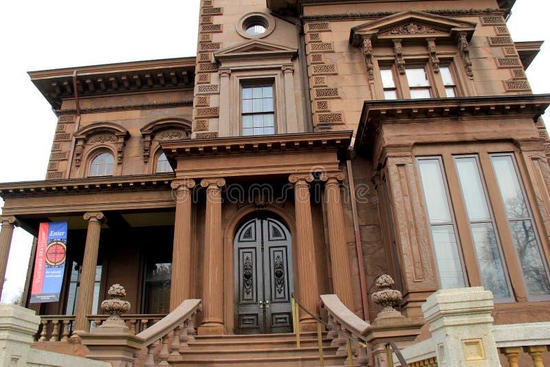 Arquitetura exterior lindo da casa de verão histórica, Victoria Mansion, Portland, Maine, 2016 foto de stock royalty free
