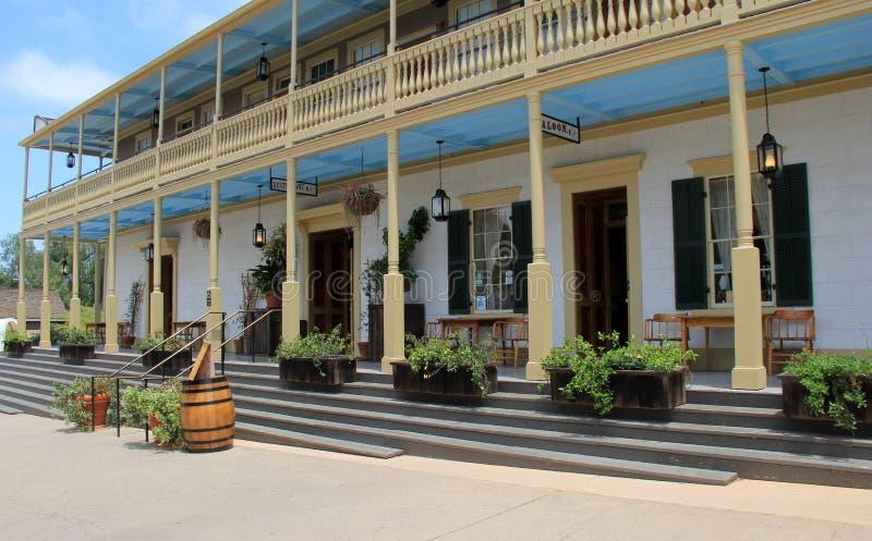 Arquitetura exterior lindo do hotel e do restaurante famosos, cidade velha, Califórnia, 2016 imagens de stock