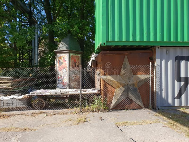 Arquitetura industrial em Riga, Letónia fotografia de stock royalty free