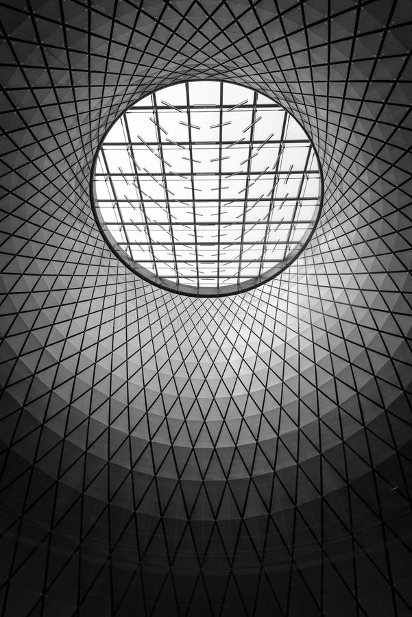 Arquitetura interior em Fulton Center, no distrito financeiro, Manhattan, New York City fotos de stock