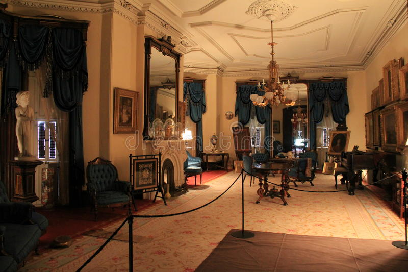 Arquitetura interior impressionante e mobília opulento, Richard Bates House histórico, Oswego, New York, 2016 imagem de stock