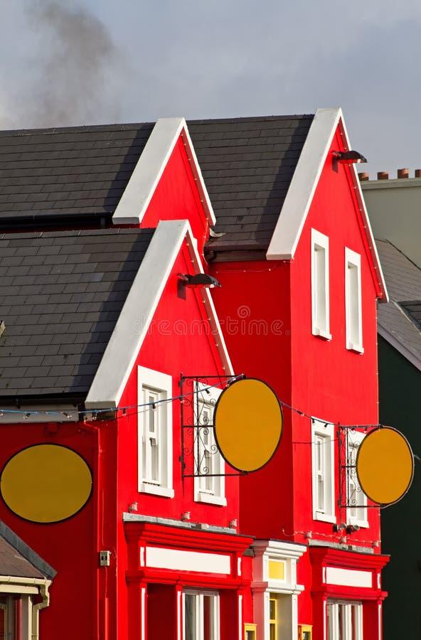 Arquitetura irlandesa colorida