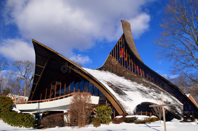 A arquitetura moderna da igreja unida Rowayton Connecticut fotos de stock