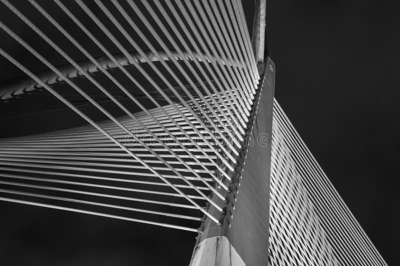 Arquitetura moderna da ponte - Jambatan Seri Wawasan fotos de stock