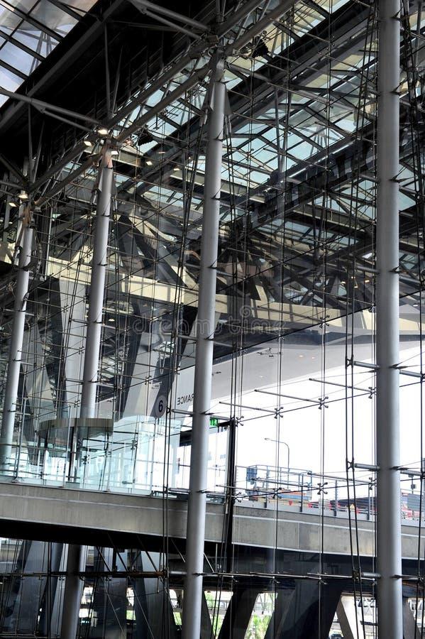Arquitetura moderna do aeroporto imagens de stock