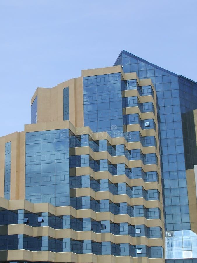 Arquitetura moderna do hotel foto de stock royalty free