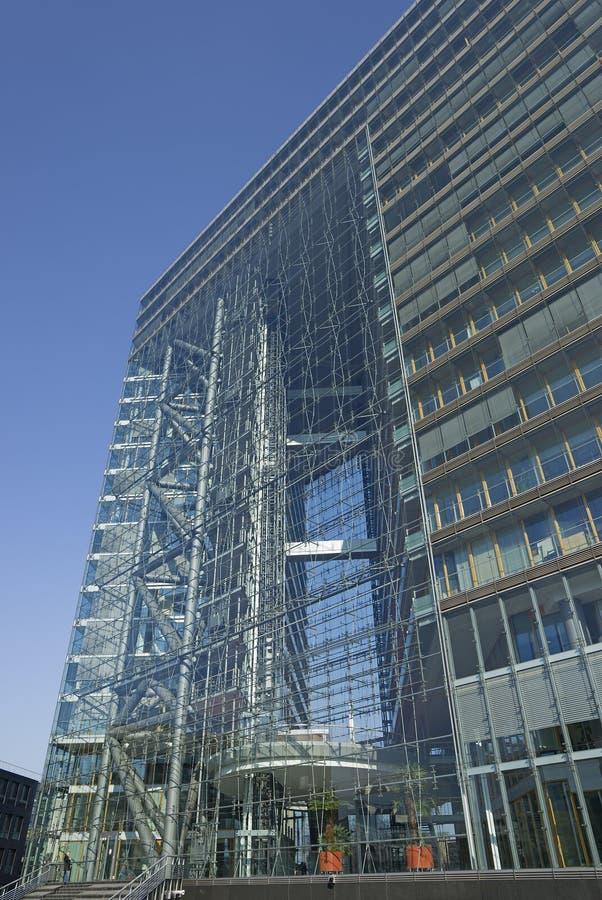 Arquitetura moderna em Dusseldorf em Alemanha fotografia de stock