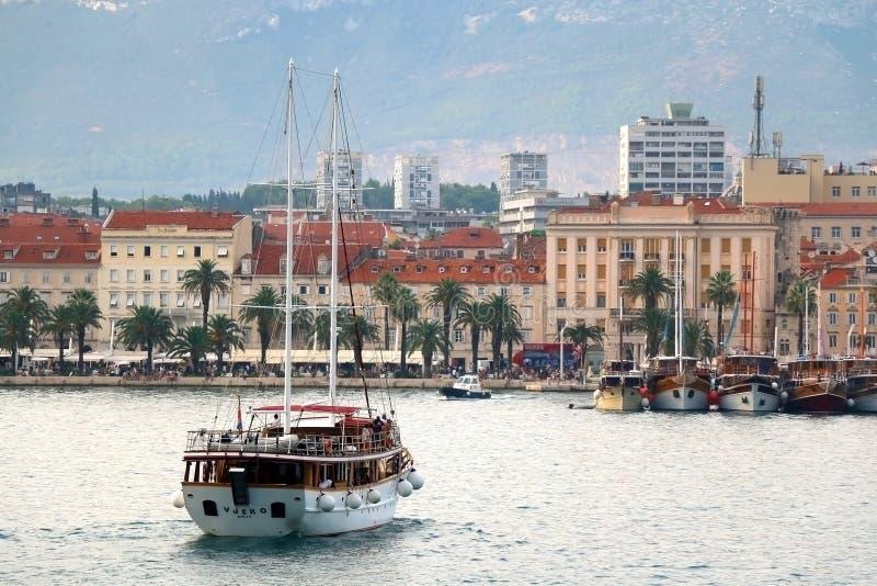 Arquitetura na separação, Croácia fotografia de stock royalty free