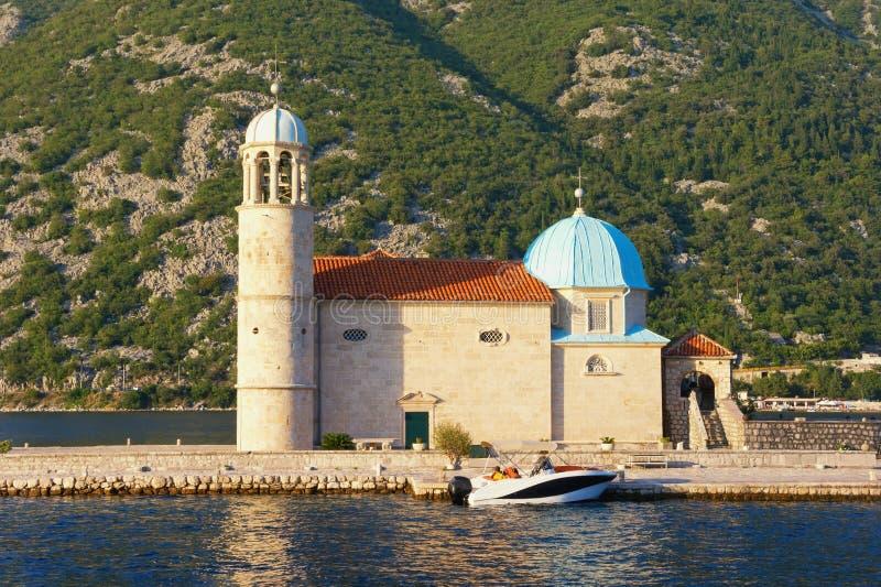 Arquitetura religiosa Igreja de nossa senhora das rochas, Montenegro imagens de stock royalty free