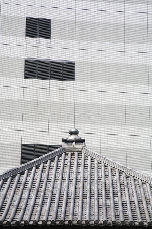 Arquitetura tradicional e moderna no Tóquio fotos de stock royalty free