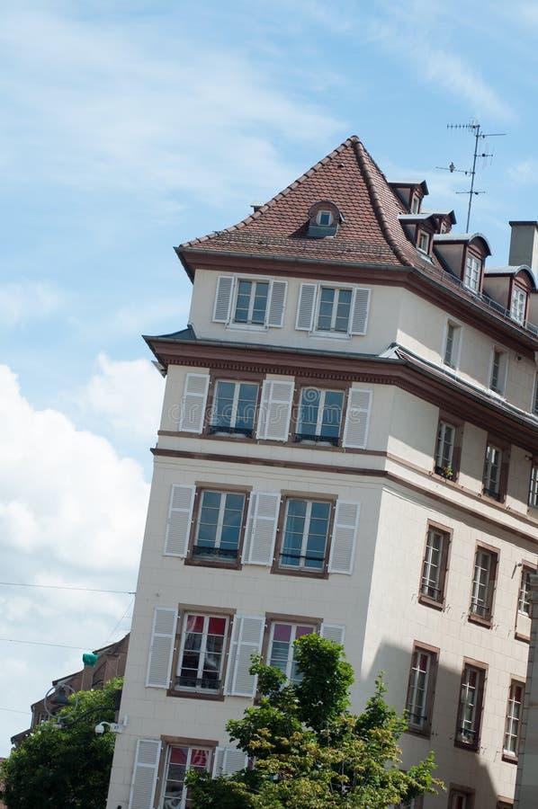 Arquitetura tradicional no lugar de Kleber em Strasbourg imagem de stock