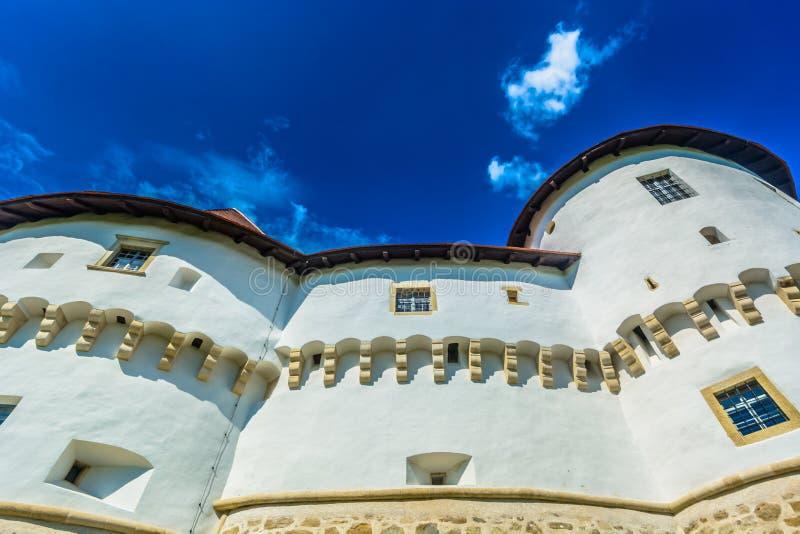 Arquitetura velha em Zagorje, opinião do castelo fotografia de stock