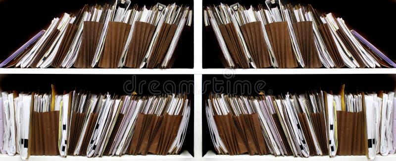 Arquivos na prateleira imagens de stock royalty free