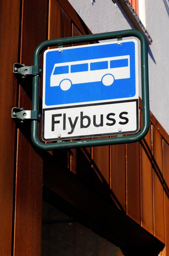 Arrêt d'autobus pour le car d'aéroport photo stock