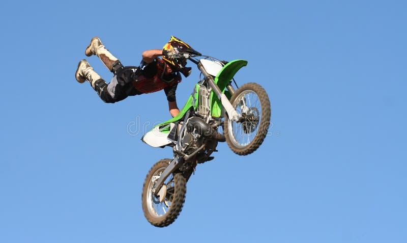 Arrêt de motocross image stock