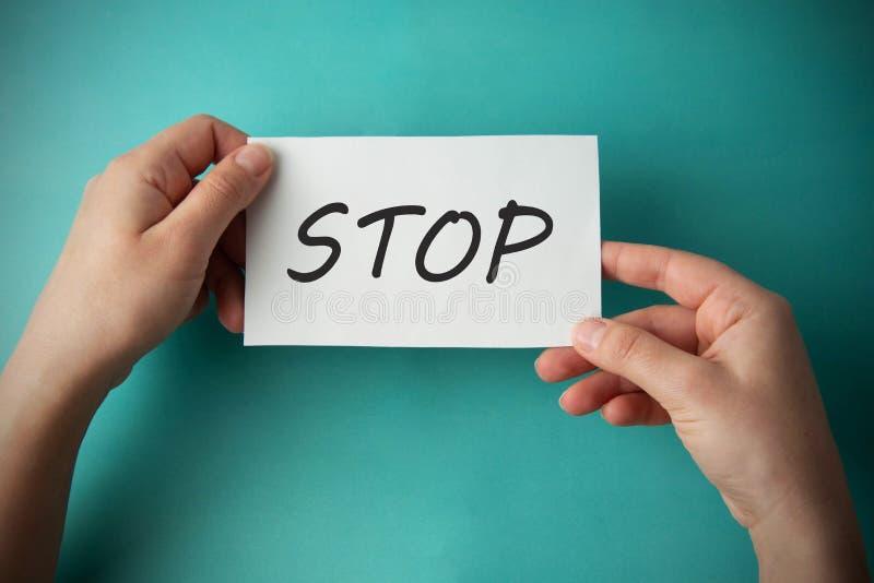 Arrêtez l'inscription E photographie stock libre de droits