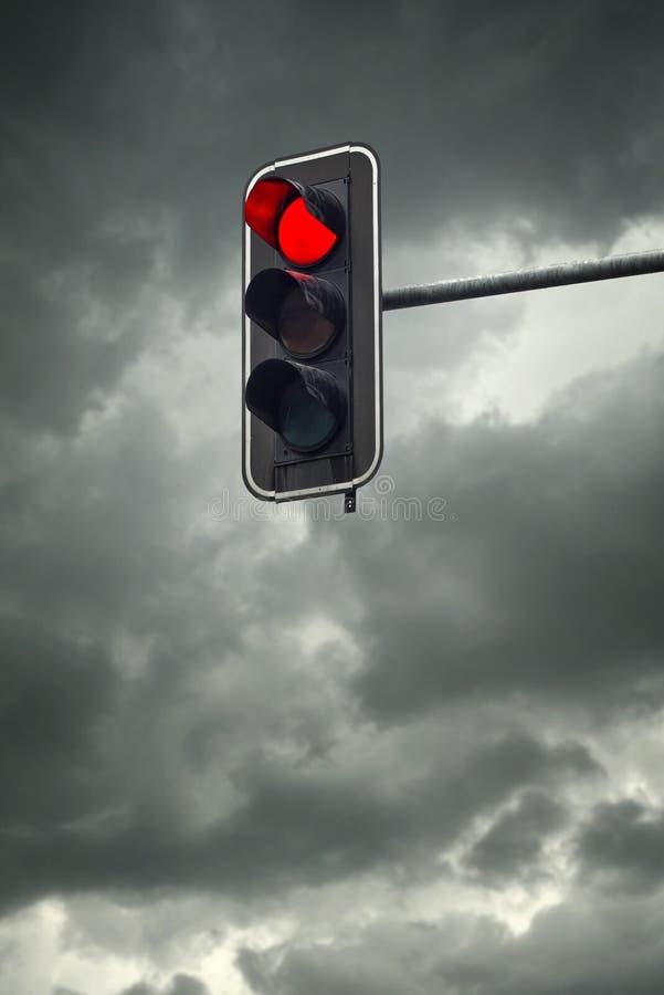 Arrêtez la lumière, le feu de signalisation rouge images libres de droits