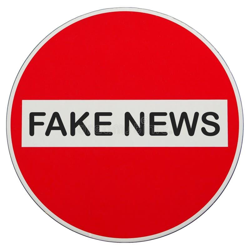 Arrêtez les fausses actualités qu'aucun signe d'entrée n'a isolées au-dessus du blanc photos stock