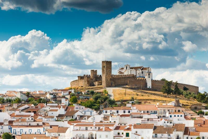 Arraiolos中世纪小山顶城堡  免版税库存图片