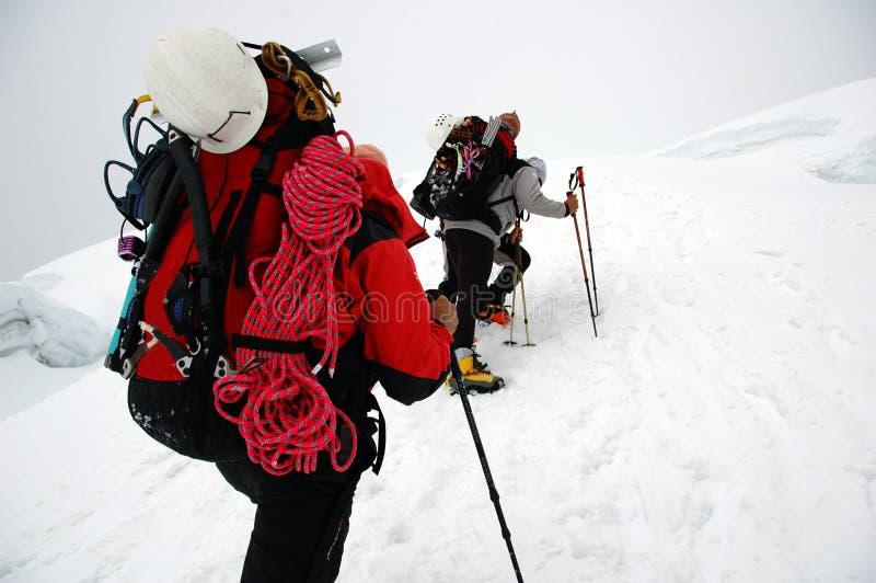 Arrampicandosi sul ghiacciaio di Chipicalqui da accamparsi 2 immagini stock