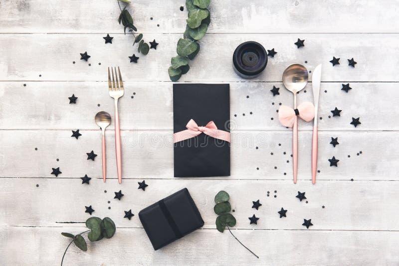 Arrangement élégant de table de charme Concept de épouser ou de partie Dîner romantique photographie stock
