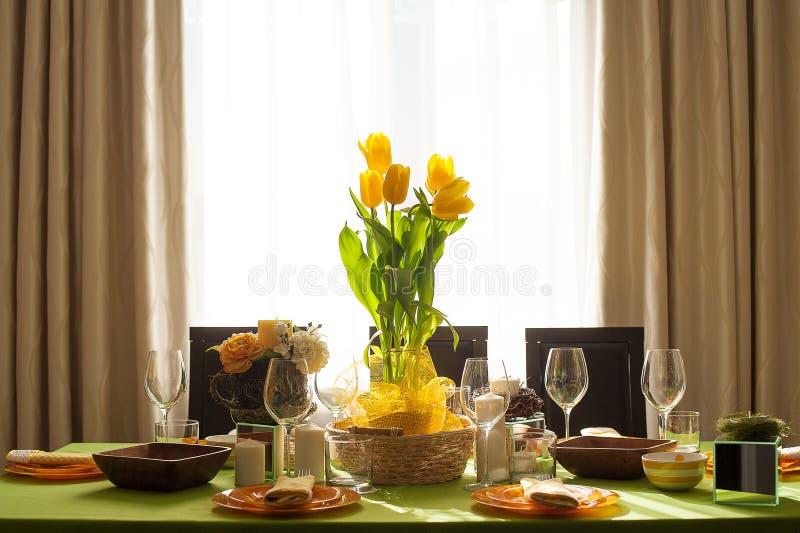 Arrangement lumineux de table de ressort photo libre de droits