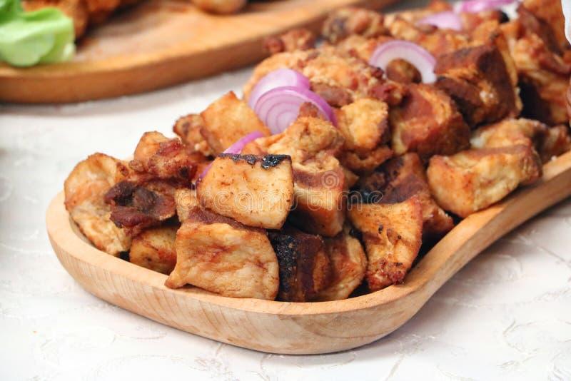 Arranhões romenos tradicionais da carne de porco fotos de stock royalty free