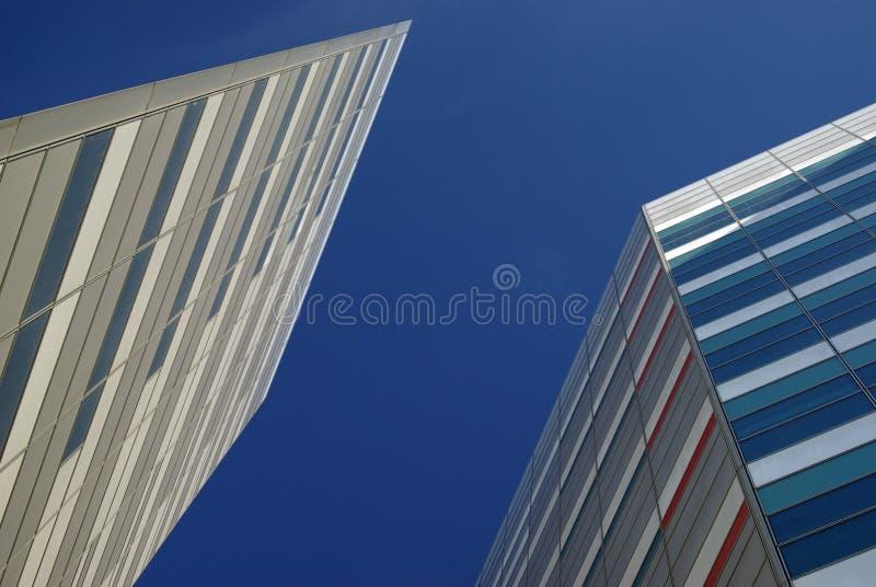 Download Arranha-céus foto de stock. Imagem de incorporado, bloco - 12808000