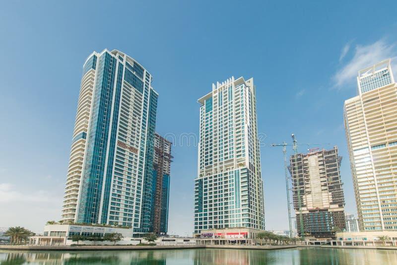 Arranha-céus altos em Dubai imagem de stock