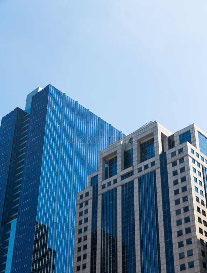 Arranha-céus clássicos e modernos em Chicago imagem de stock