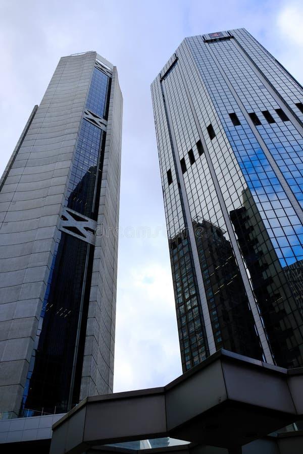 Arranha-céus comerciais modernos angulares, Sydney, Austrália imagens de stock royalty free