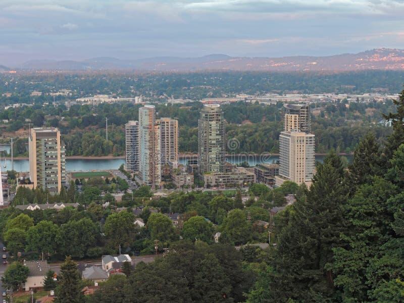 Arranha-céus de Portland Oregon fotos de stock royalty free
