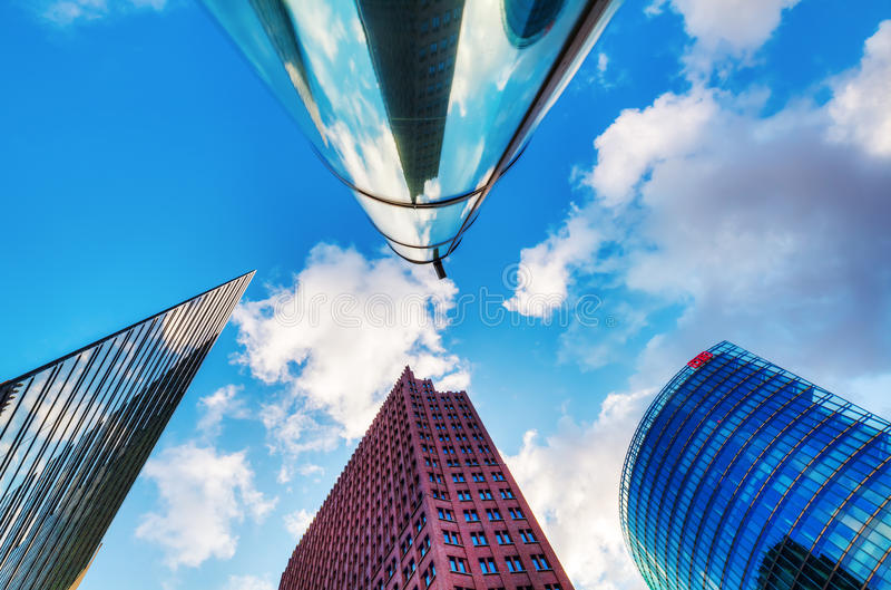 Arranha-céus em Potsdamer Platz em Berlim, Alemanha imagens de stock royalty free