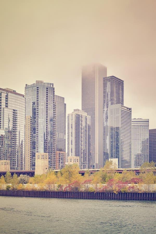 Arranha-céus estilizados da cor retro em Chicago do centro foto de stock royalty free