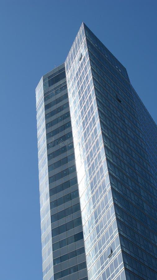 Arranha-céus moderno do escritório imagens de stock royalty free