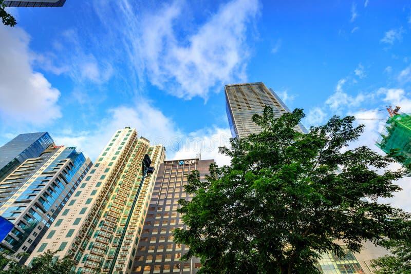 Arranha-céus modernos em Bonifacio Global City o 1º de setembro de 2017 em Ta fotos de stock royalty free