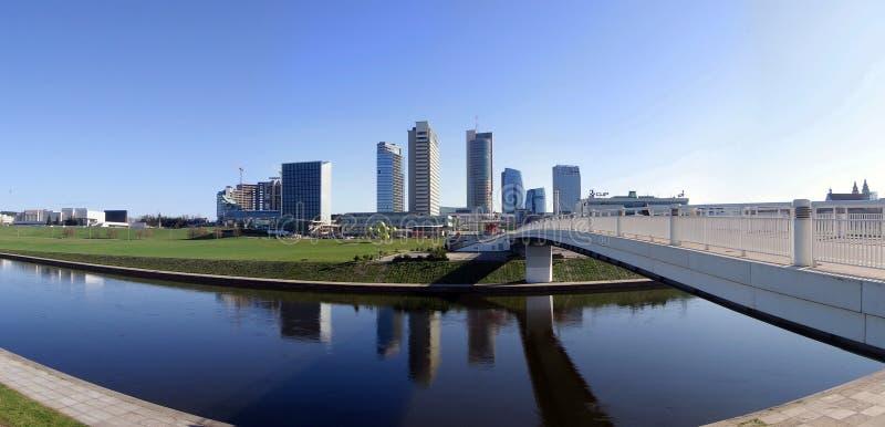 Arranha-céus no centro de Vilnius fotografia de stock royalty free